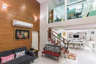 [プラトゥーナム]一軒家(300m2)| 4ベッドルーム/4バスルーム Four Bedrooms House with 7 Beds -25% week-40%month
