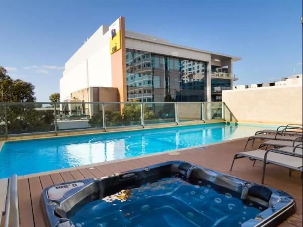 Swan River View Apartment Perth