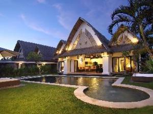 Über Villa Seminyak Estate & Spa Hotel (Villa Seminyak Estate & Spa Hotel)