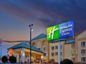 圣路易斯西奥法隆快捷假日酒店及套房 (Holiday Inn Express Hotel & Suites St. Louis West-O'Fallon)
