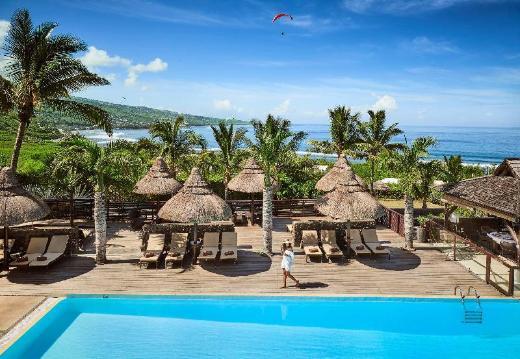 Iloha Hotel & Seaview
