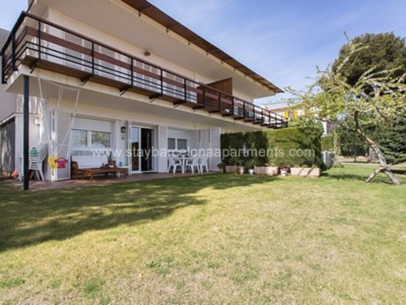 Luxury Apartment In Costa Brava   4 BR Apartment