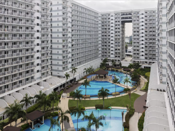 Luxury Condo with Pool View at Shell Residences Manila