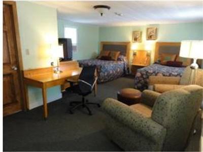 Jonathan Edwards Motel