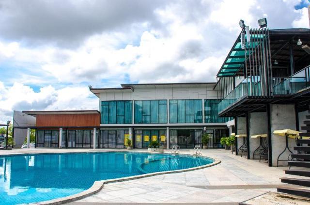 ประจักษ์ตรา ดีไซน์ โฮเต็ล – Prajaktra Design Hotel