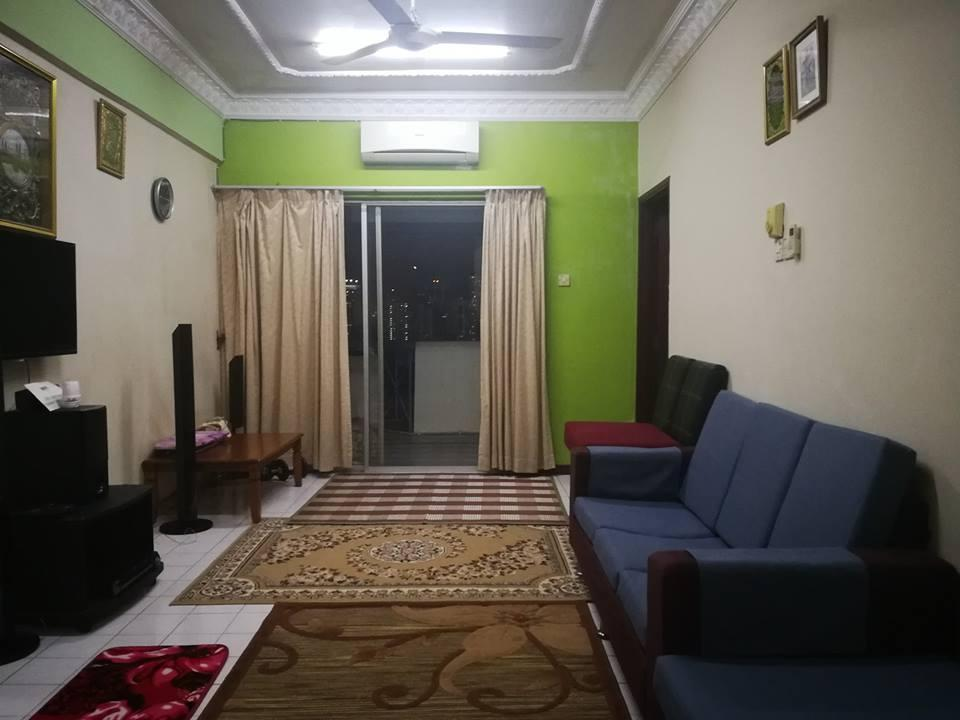 Zaiha Holiday House