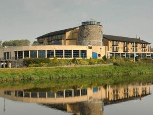 The Riverside Park Hotel