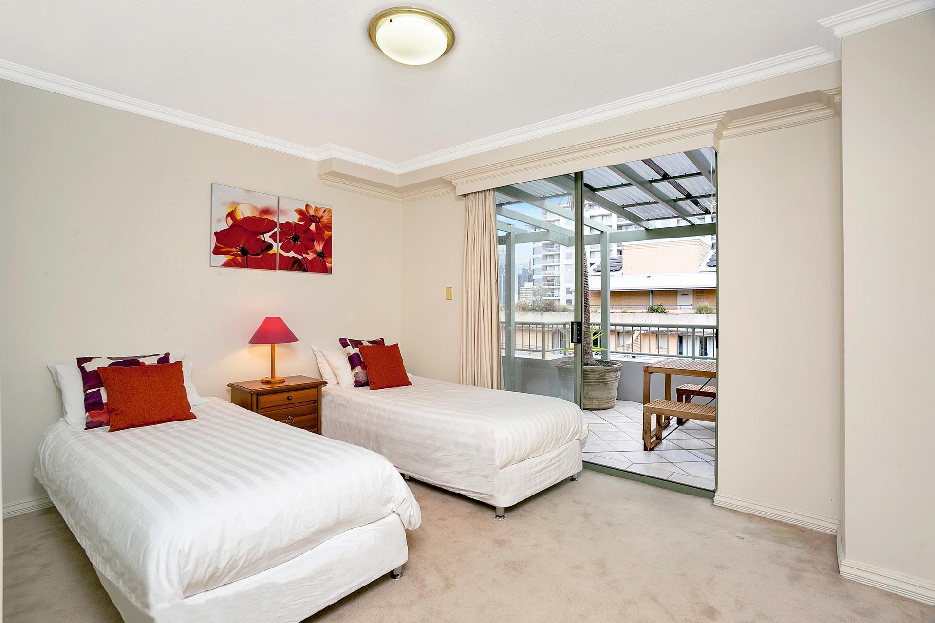Harwood St Apartment   HWD89