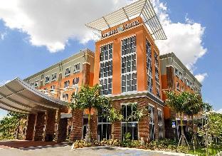 羅德岱堡機場南 - 郵輪港口坎布里亞酒店