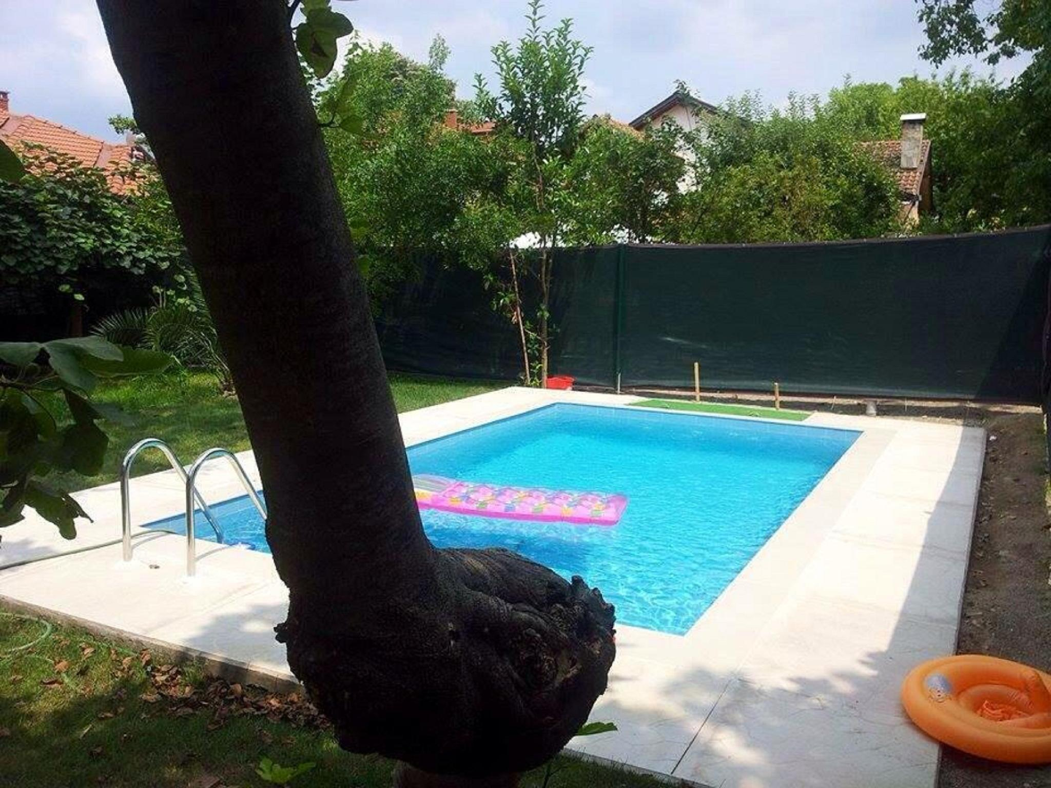 Villa With Private Garden And Pool