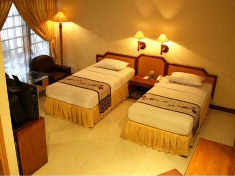 Hotel Baron Indah 5