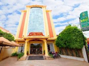 トゥンボレイ ホテル (Thunborey Hotel)