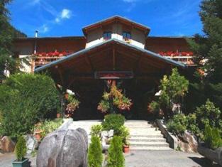 Fontaine Du Mont Blanc Hotel