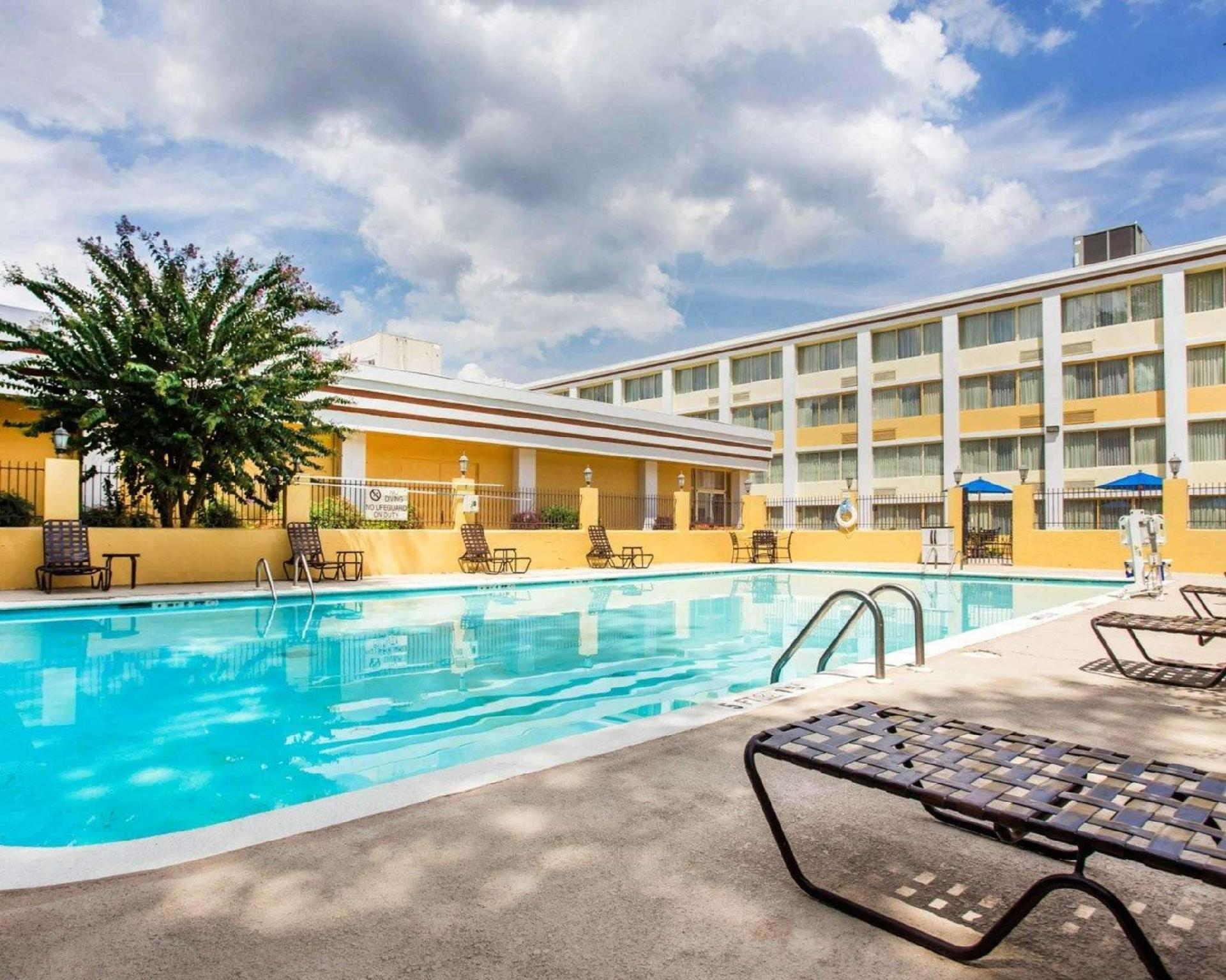 Clarion Hotel And Conference Center North Atlanta