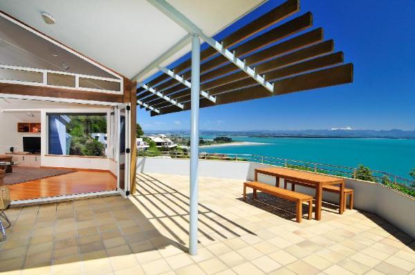 Beach Views Nelson