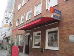 Station Hostel for Backpackers