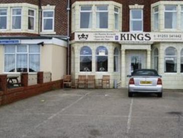 Kings Promenade Hotel