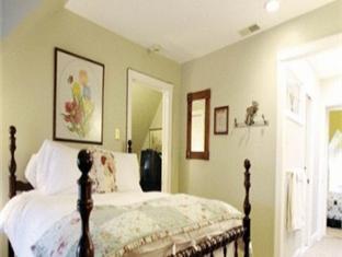 Cornerstone Bed & Breakfast