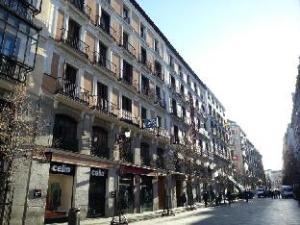 關於阿里坎特飯店 (Hostal Alicante)
