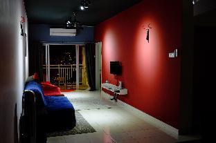 The Bat Cave 3 bedroom Vacation Home Medan Kota