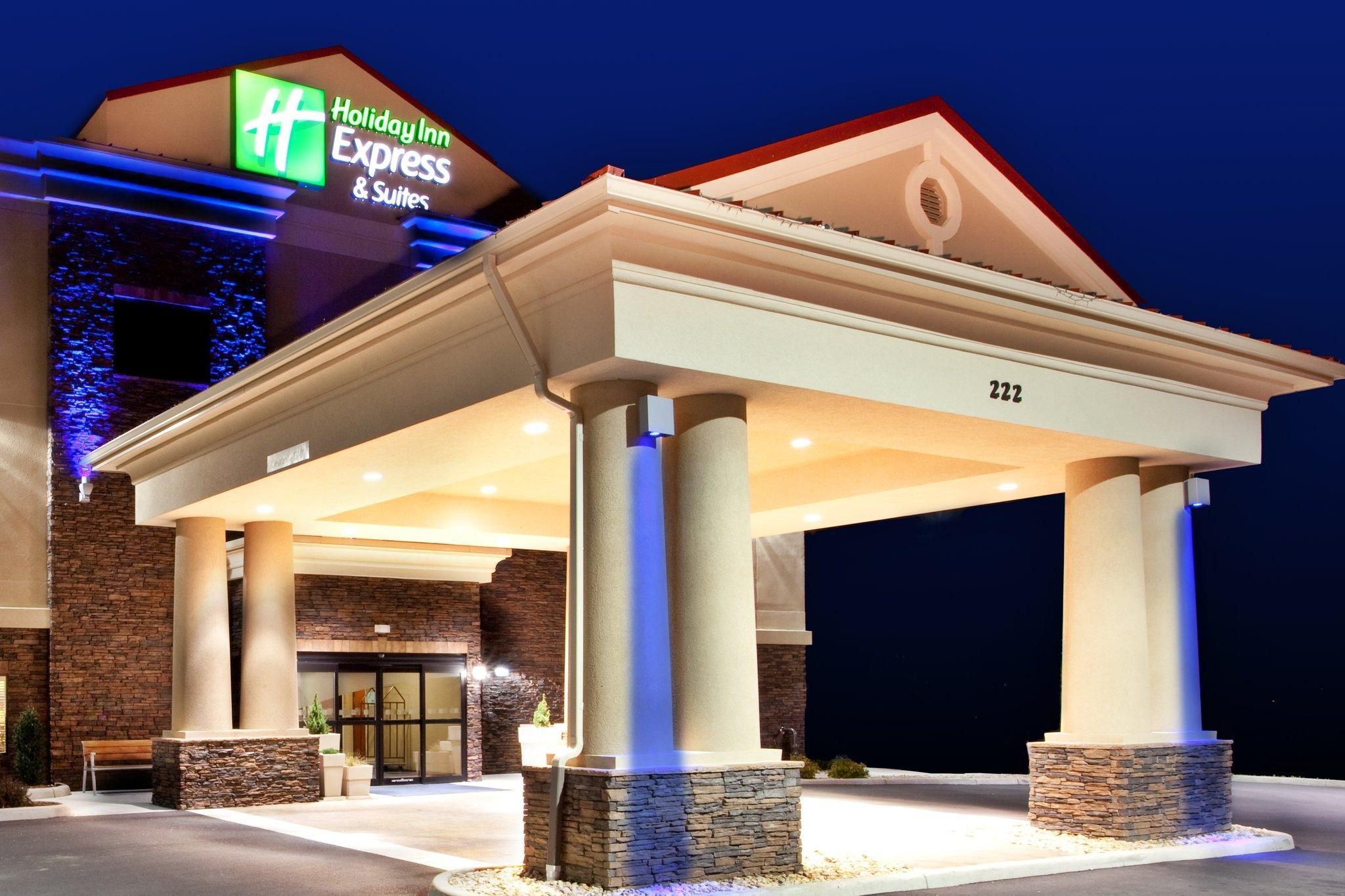 Holiday Inn Express Hotel And Suites Lewisburg