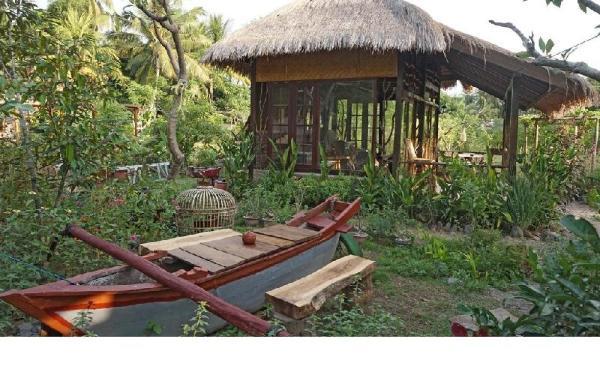 Bale Jukung Lombok