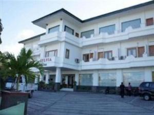 실비아 호텔 마우메르  (Sylvia Hotel Maumere)