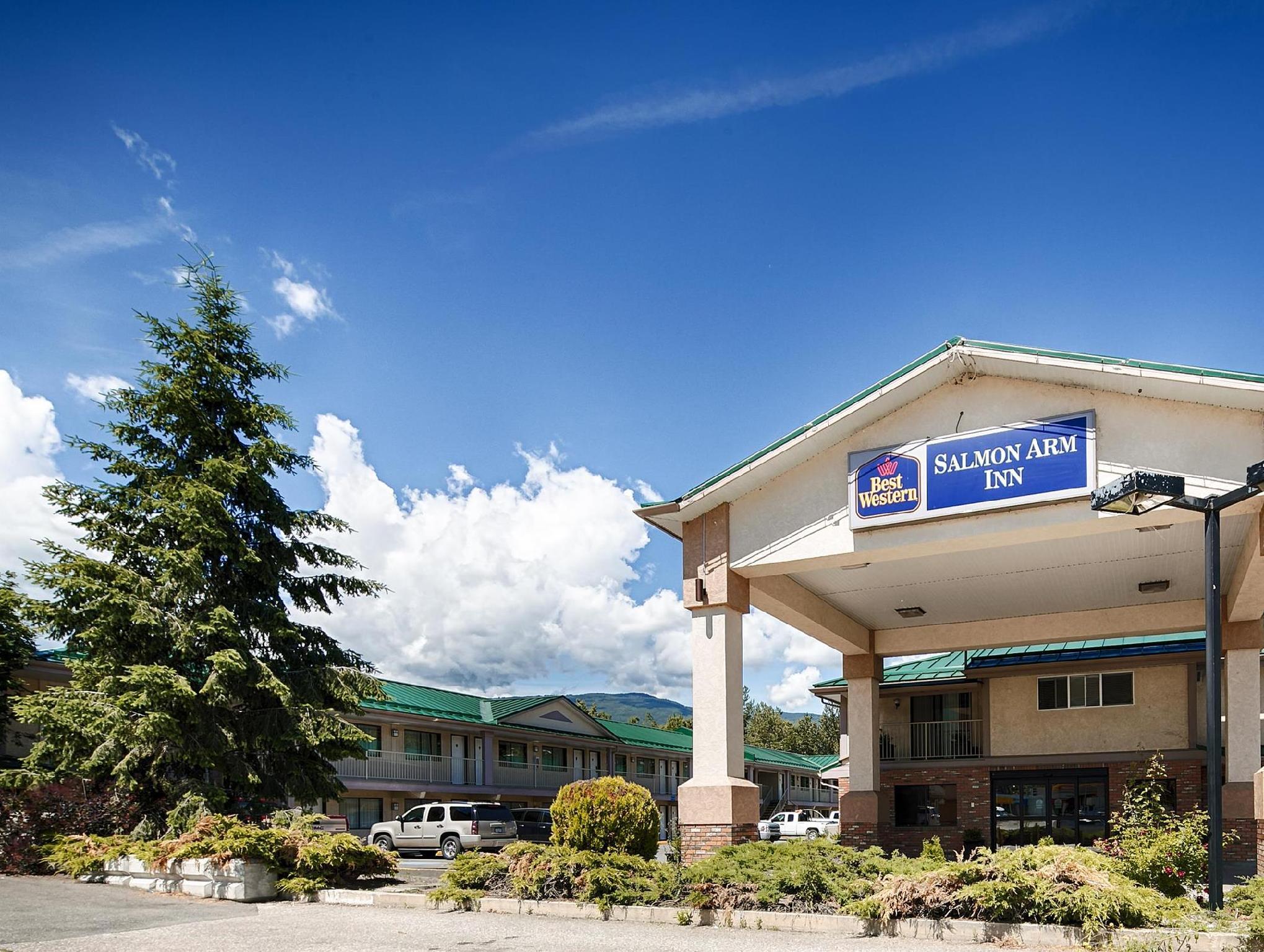 SureStay Plus Hotel By Best Western Salmon Arm