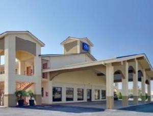 Baymont Inn and Suites Terrell