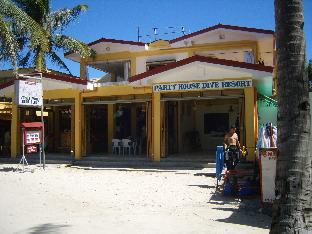 picture 3 of Sulu Plaza