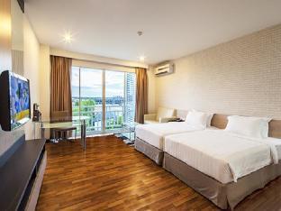 Golden City Rayong Hotel โรงแรมโกลเด้น ซิตี้ ระยอง