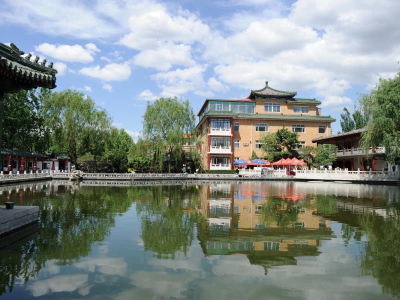 Beijing Sichuan Dragon Garden Hotel