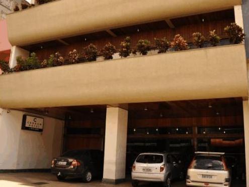 Cardum Hotel
