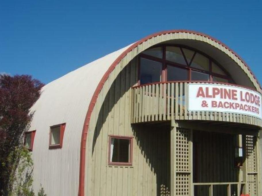 Alpine Motel And Backpackers