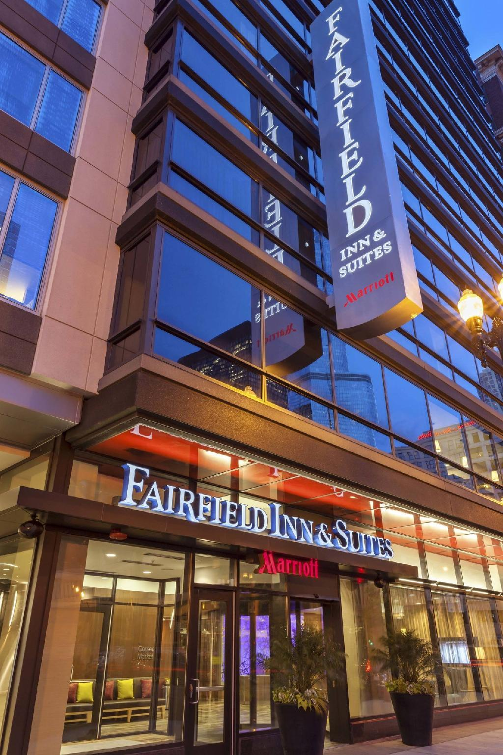 Fairfield Inn And Suites Chicago Downtown River North