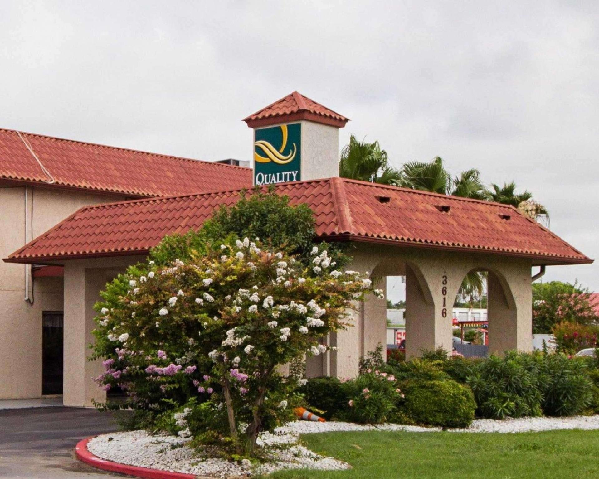 Quality Inn And Suites Del Rio North