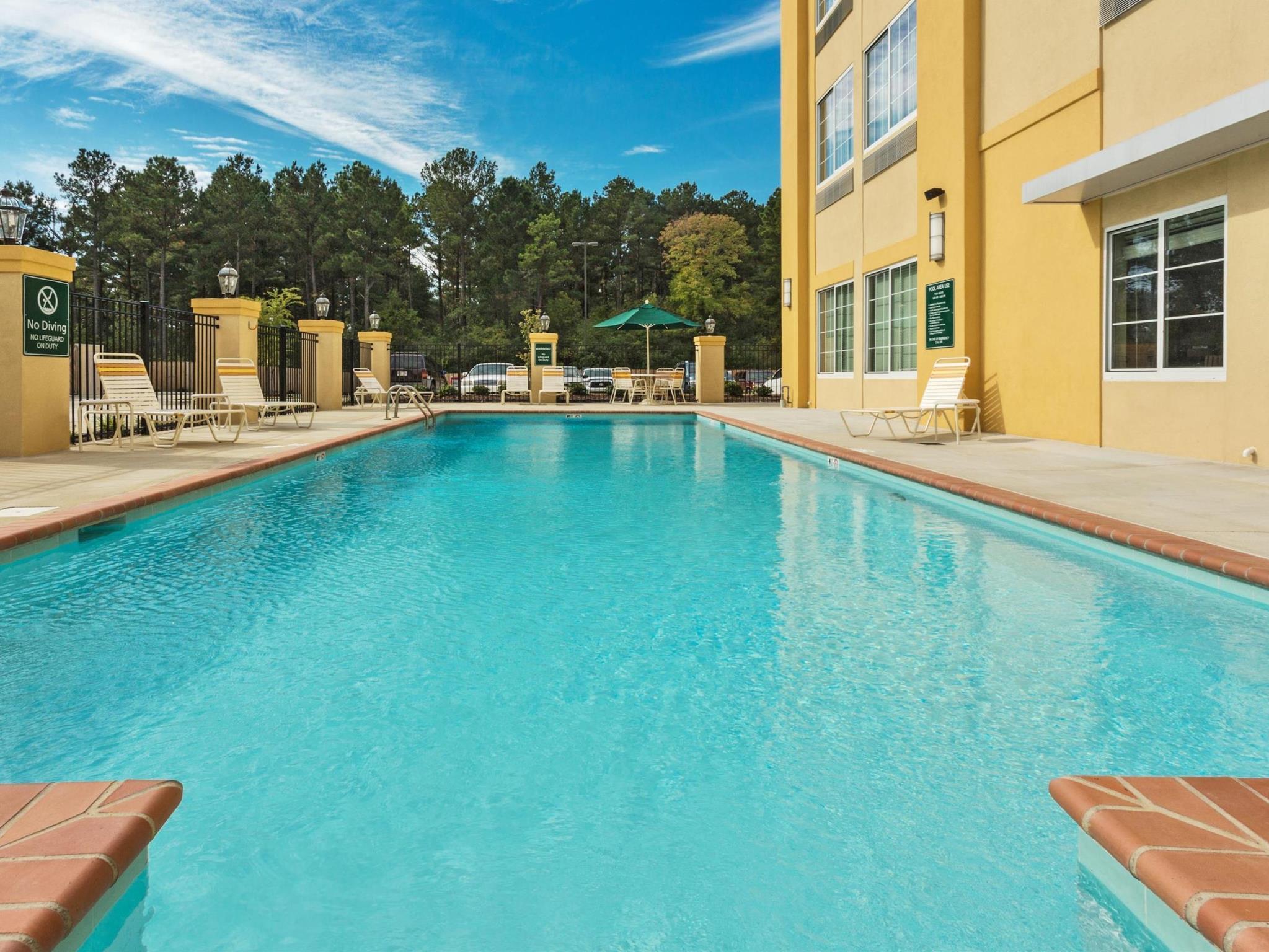 La Quinta Inn And Suites By Wyndham Starkville At MSU