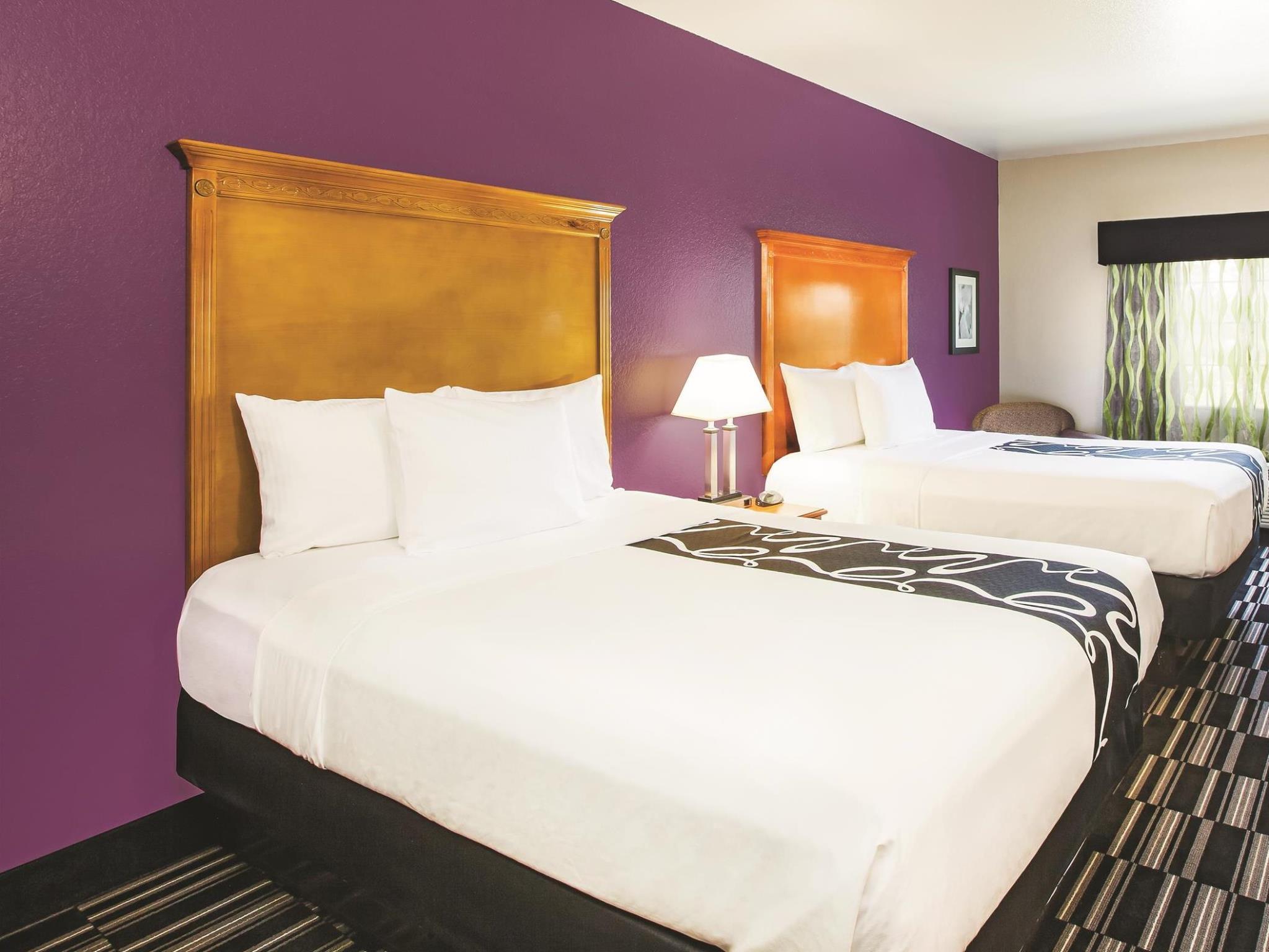 La Quinta Inn & Suites By Wyndham Ada