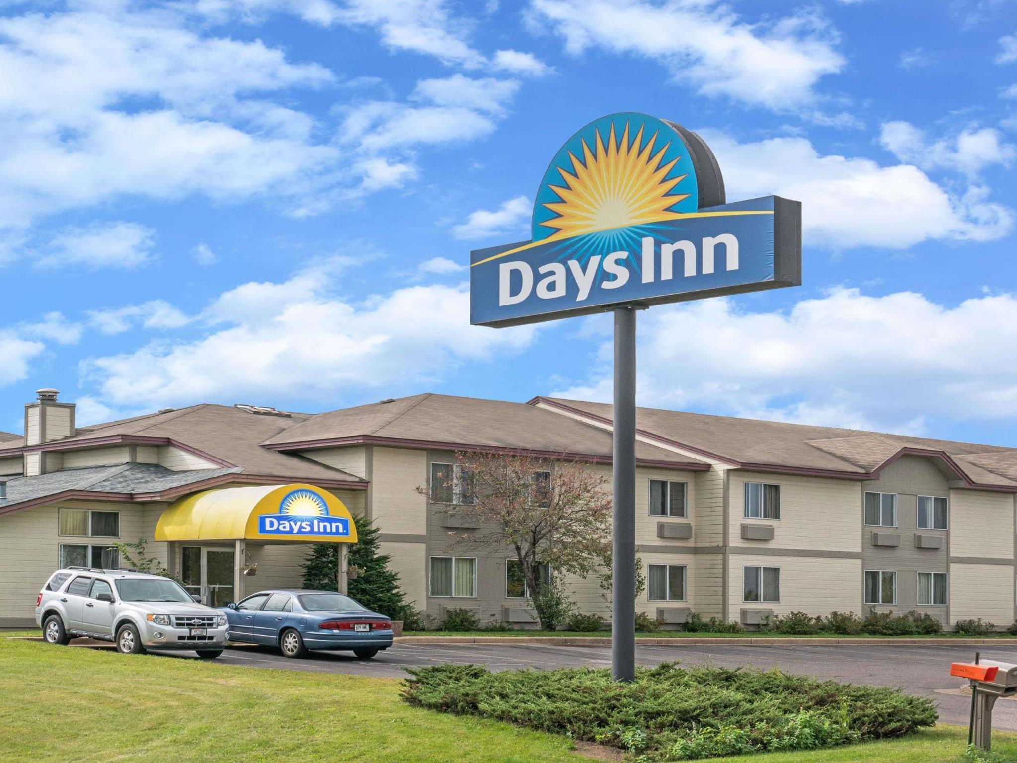 Days Inn By Wyndham West Eau Claire
