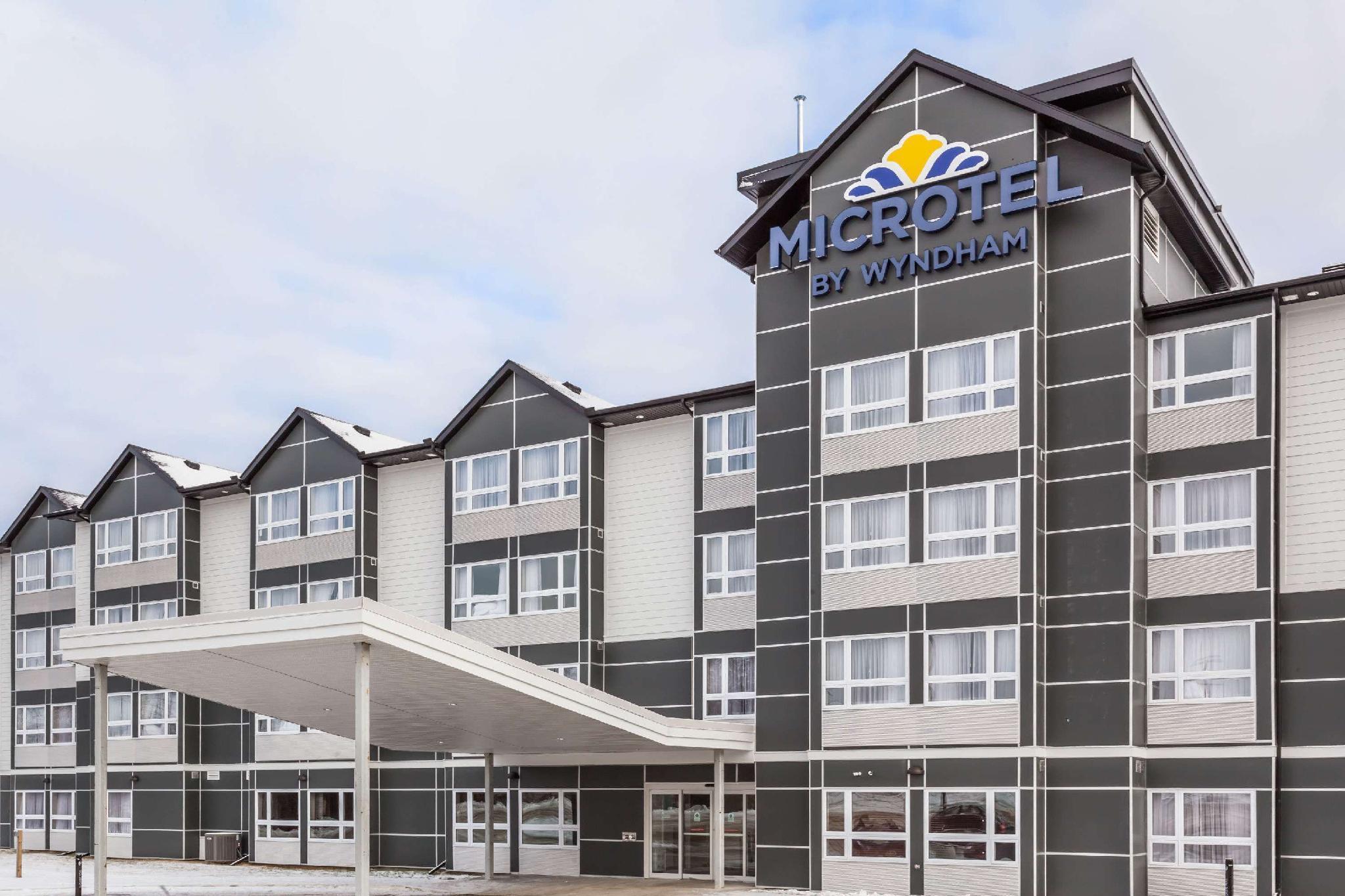 Microtel Inn And Suites By Wyndham Kirkland Lake