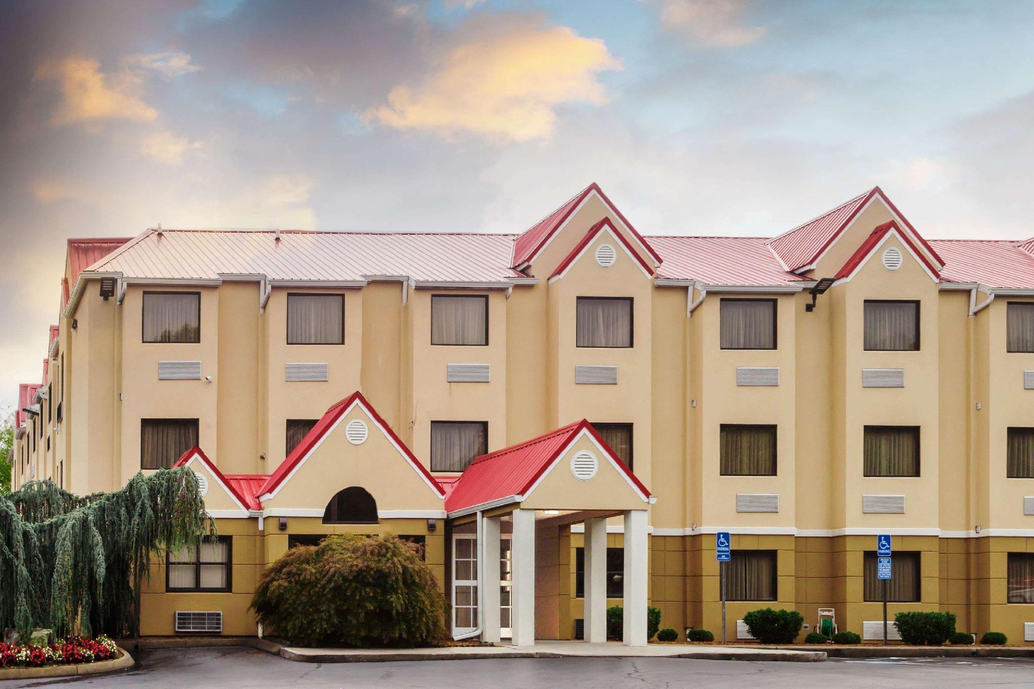 Microtel Inn And Suites By Wyndham Knoxville