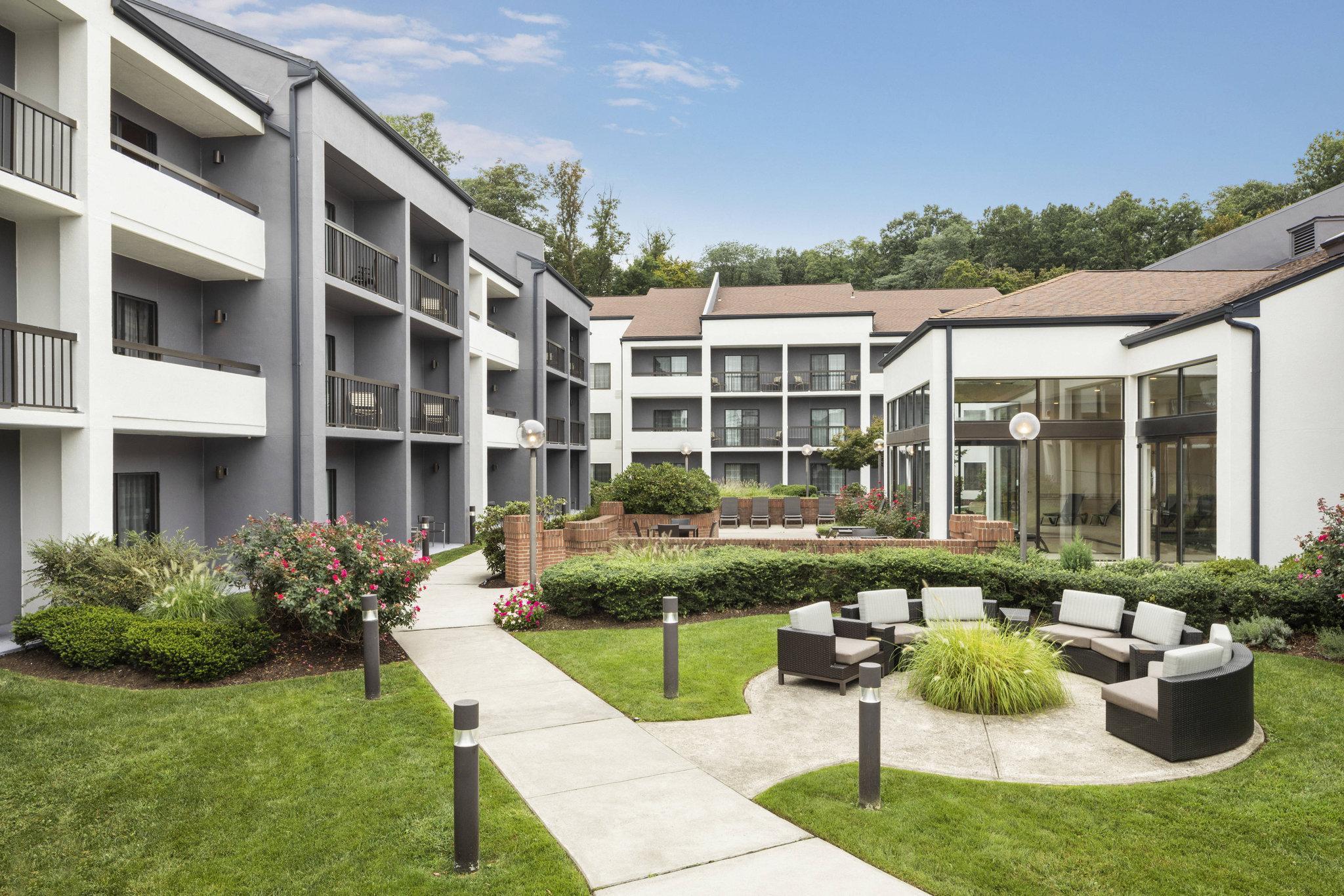 Courtyard Tarrytown Westchester County