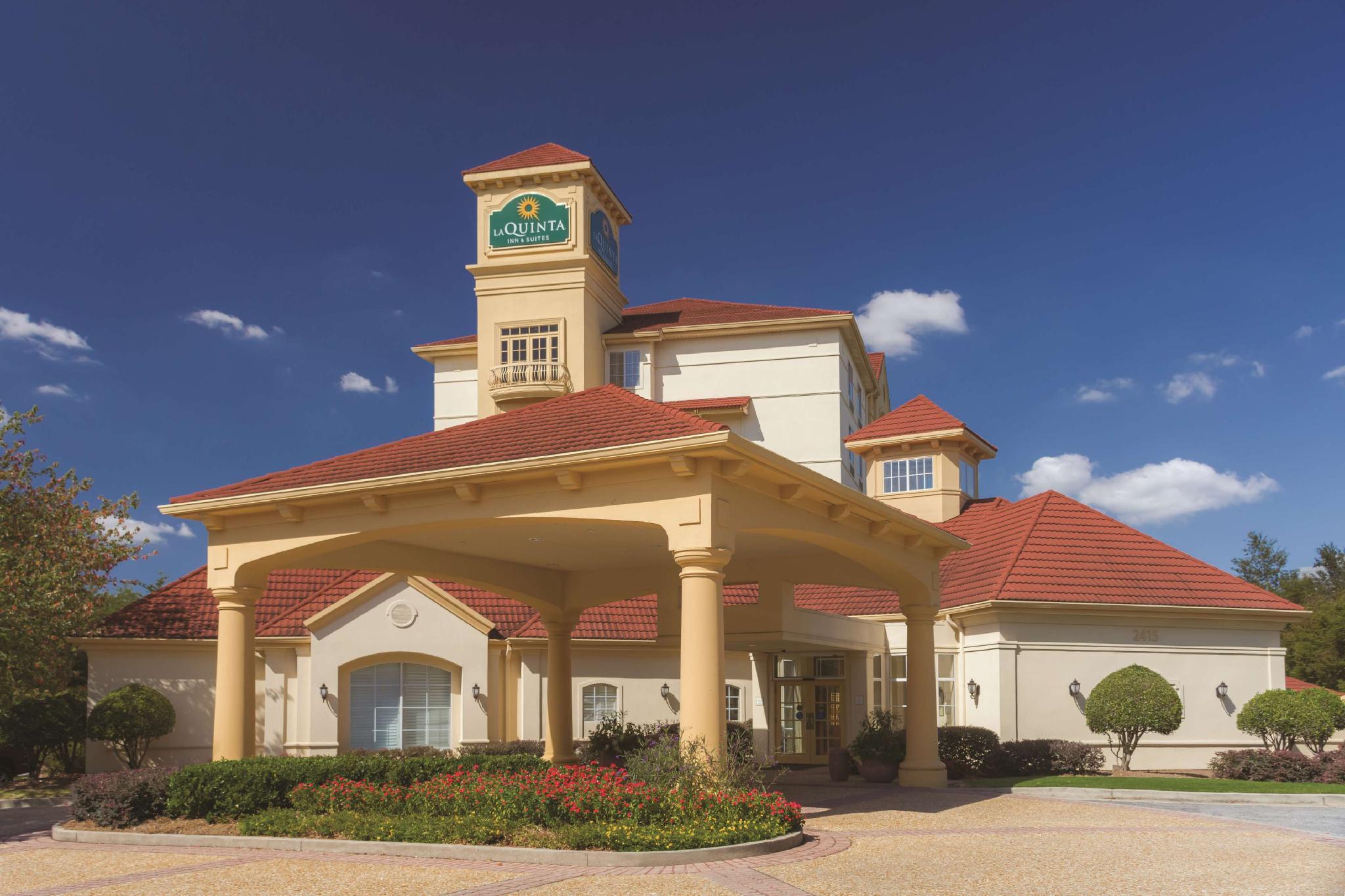 La Quinta Inn And Suites By Wyndham Atlanta Ballpark Galleria