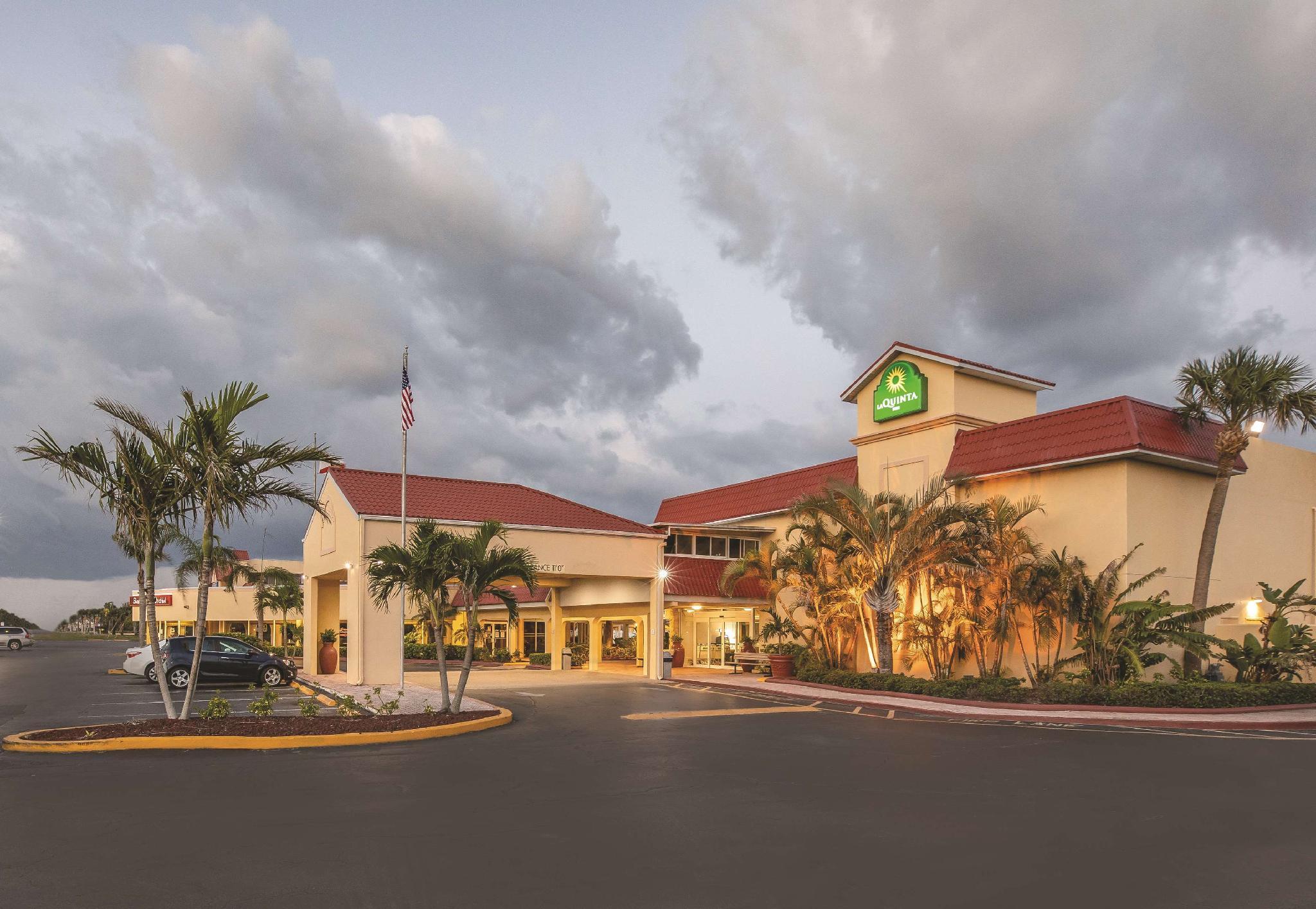 La Quinta Inn By Wyndham Cocoa Beach Port Canaveral