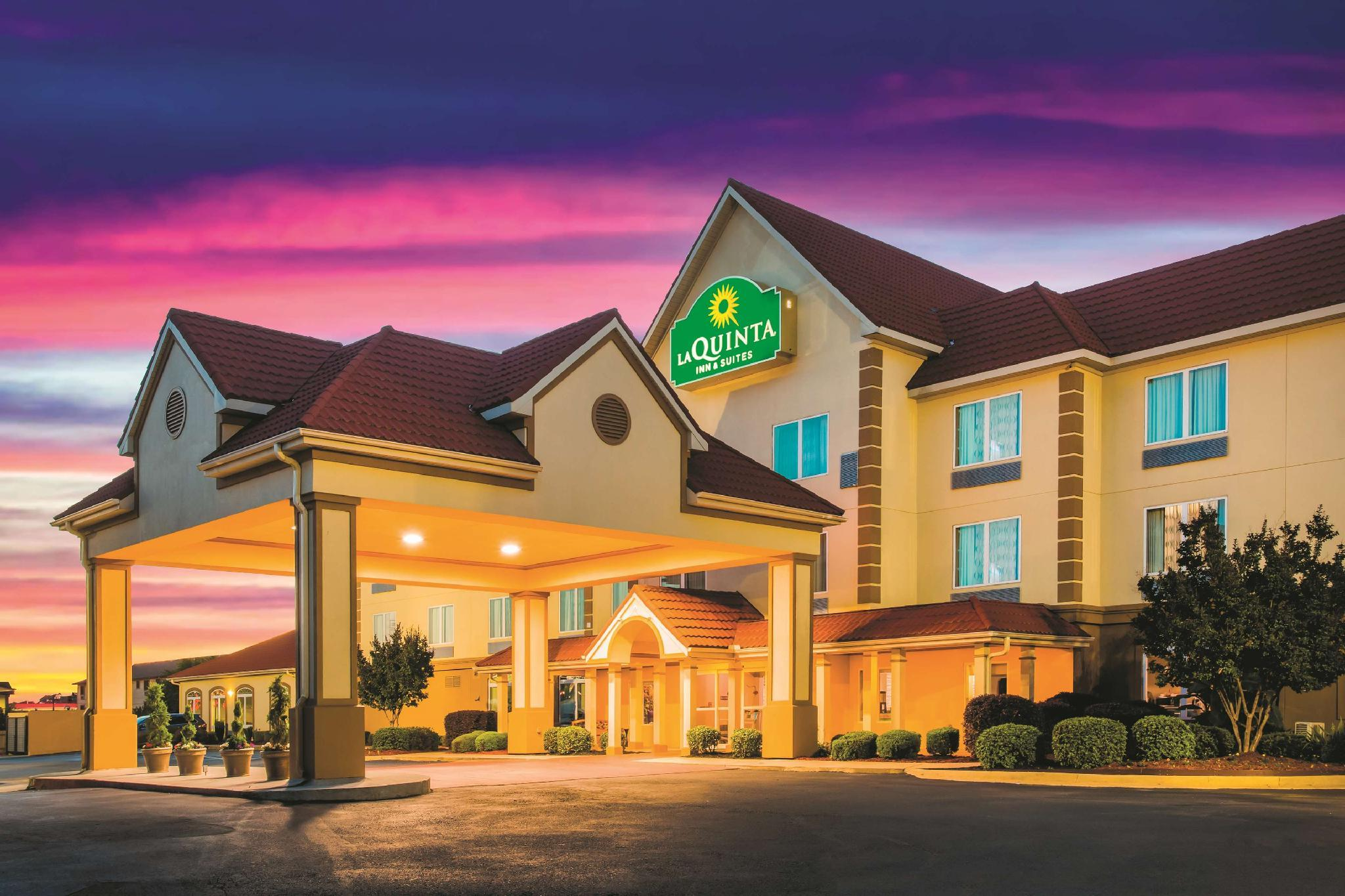 La Quinta Inn And Suites By Wyndham Russellville