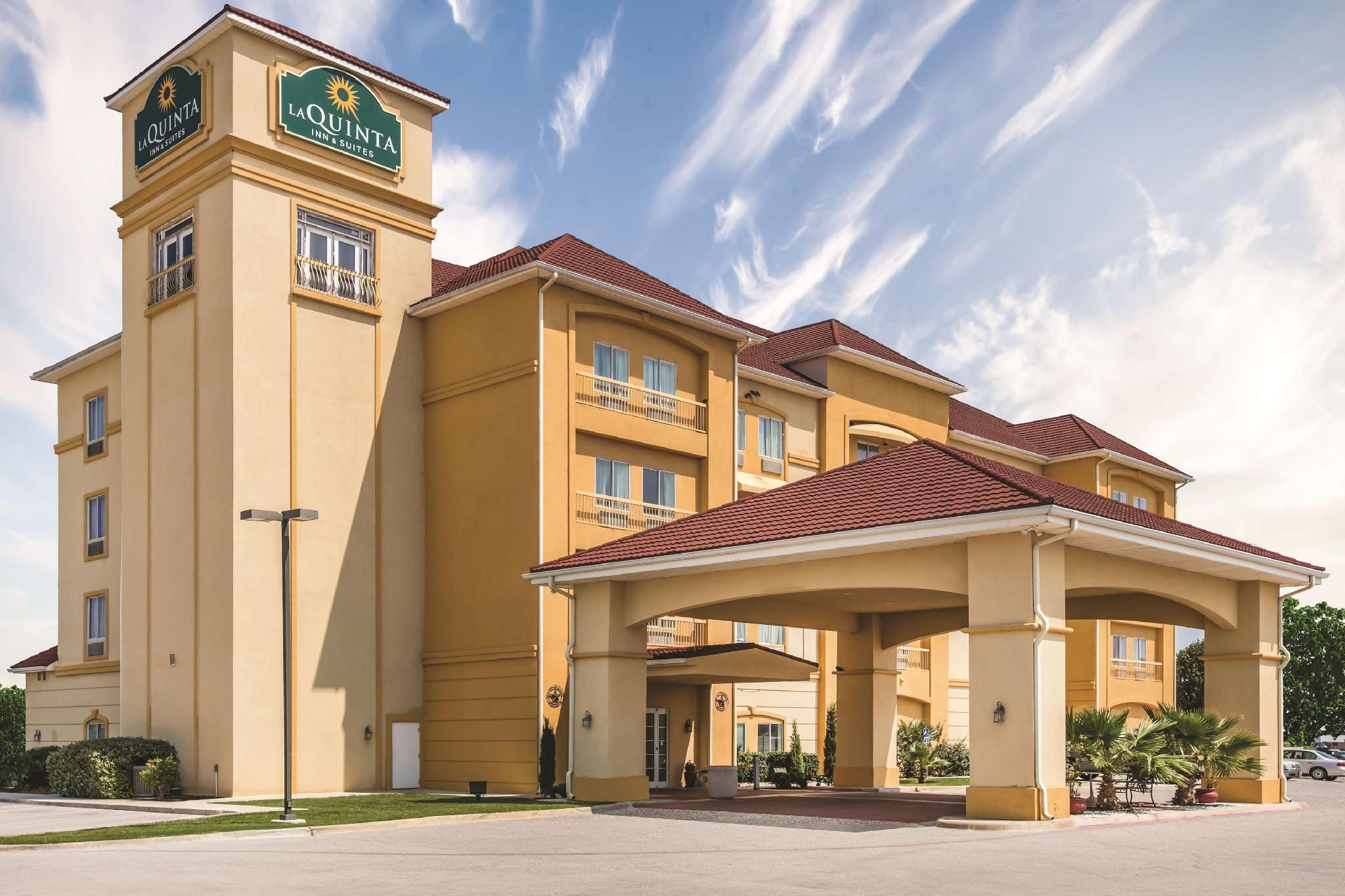 La Quinta Inn And Suites By Wyndham Brownwood