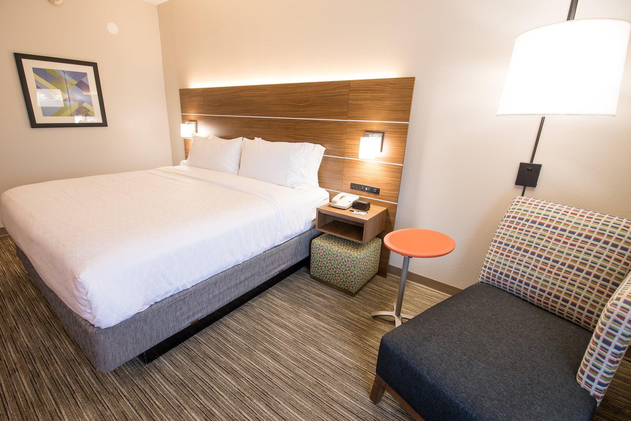 Holiday Inn Express Atlanta Stone Mountain