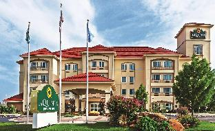 Фото отеля La Quinta Inn & Suites by Wyndham Ardmore Central