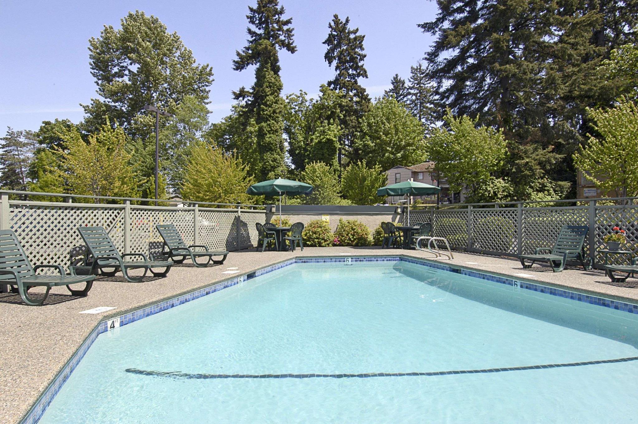 Baymont By Wyndham Seattle Kirkland WA