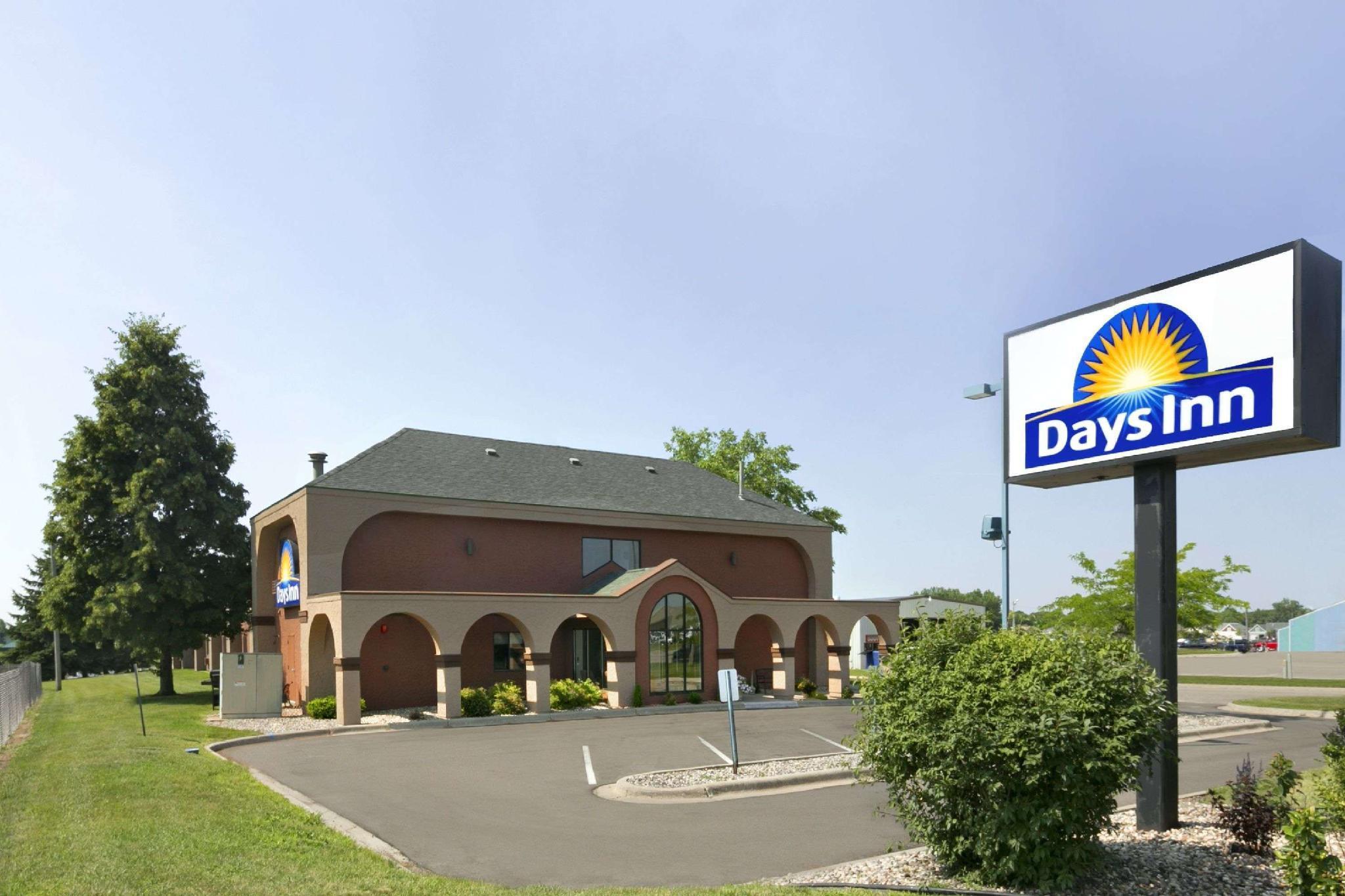 Days Inn By Wyndham Willmar